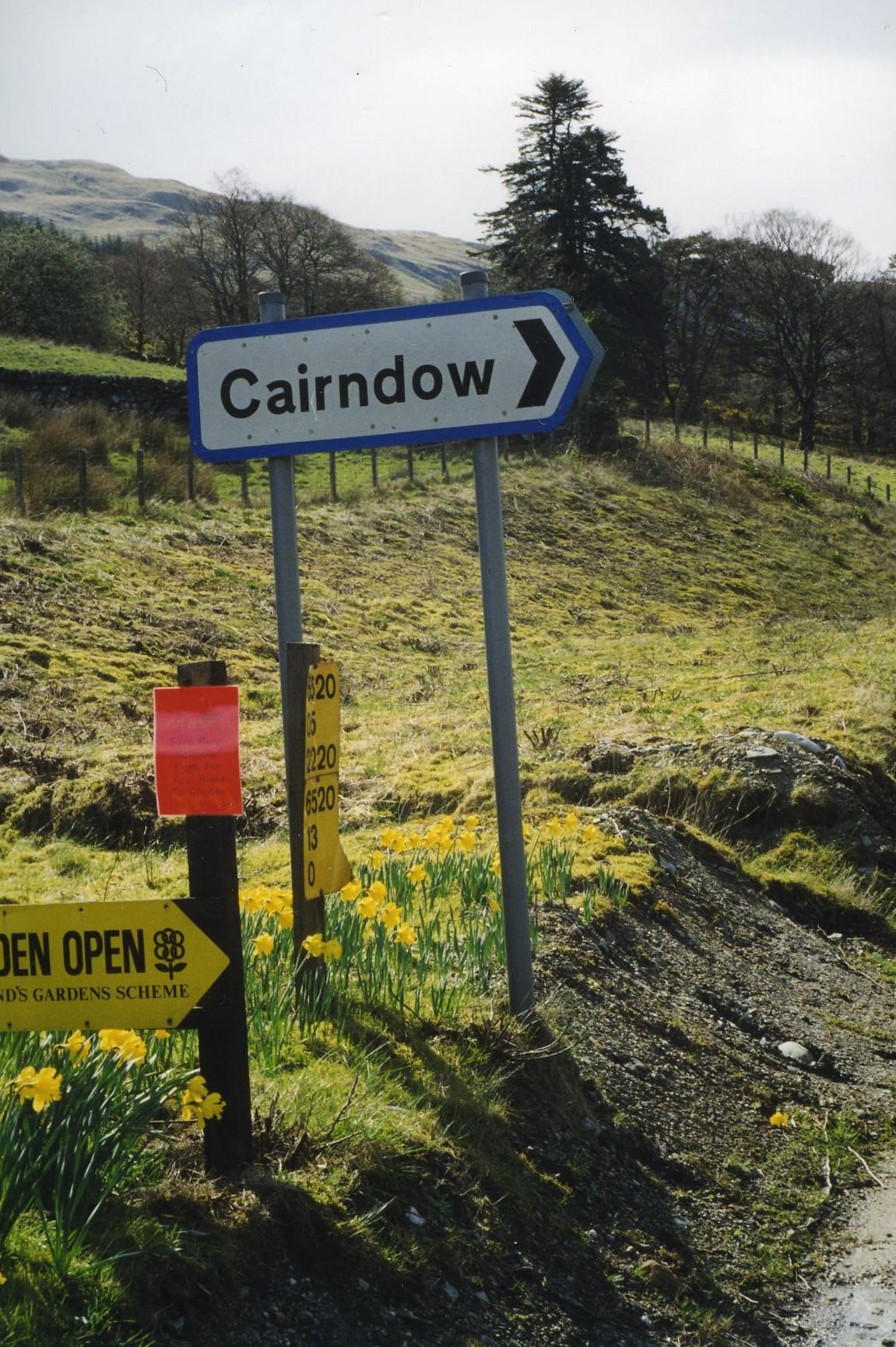 Cairndow Sign
