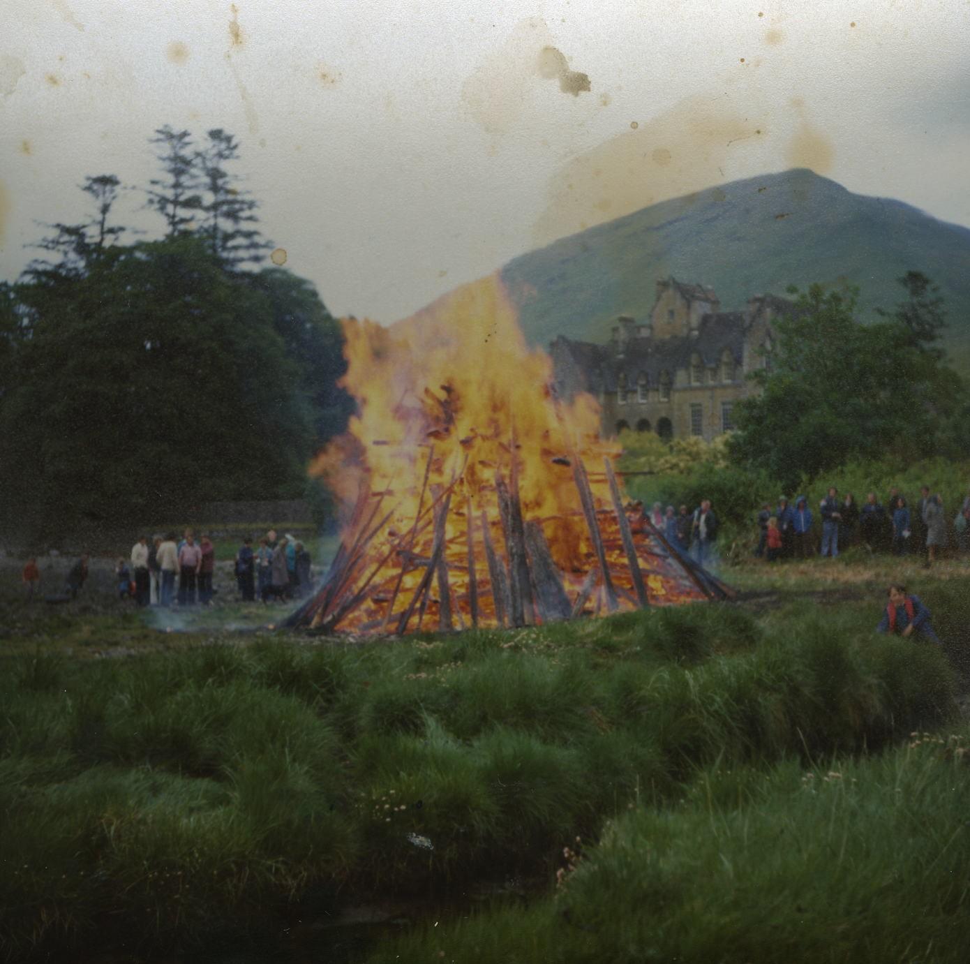 Queen'sSilver Jubilee Bonfire
