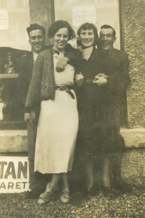 Willie MacPherson, Nancy Jones, Betty & Willie Manson