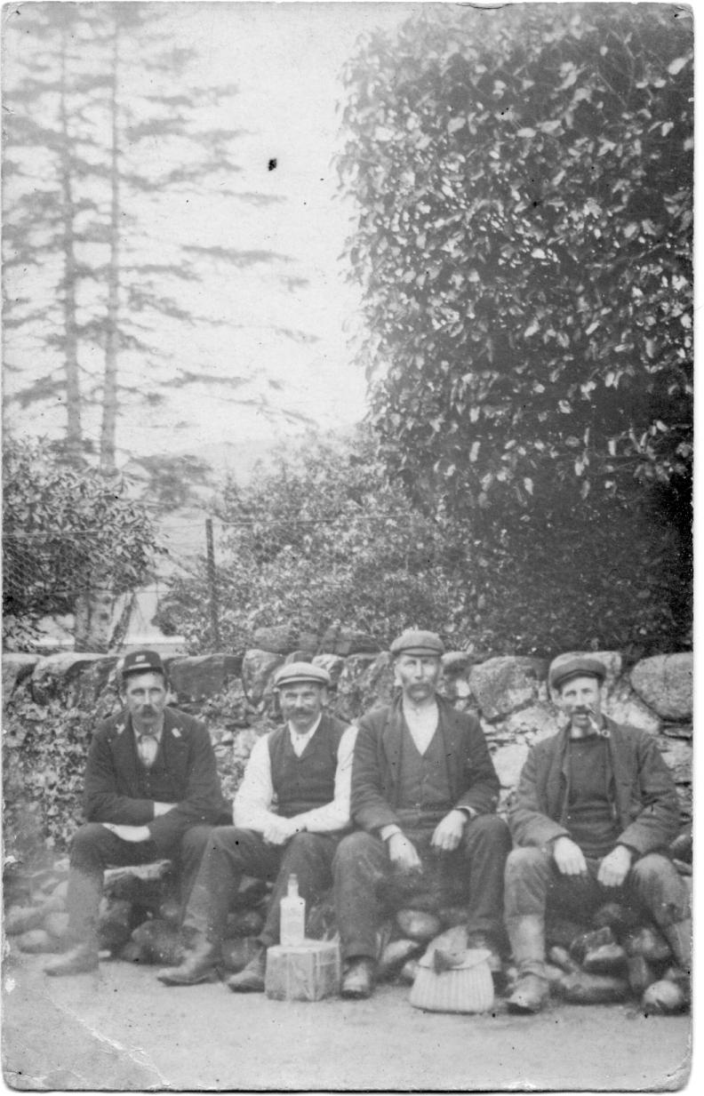 Archie McNair, Duncan Luke, Tommy Jones, John Jenkins (Postman)