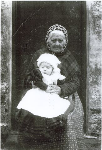 Janet Livingstone(Granny) with child
